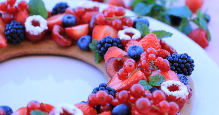 MIAM !!! TARTE COURONNE DE FRUITS ROUGES